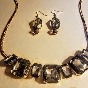 Jewelry - Vintage smokey quartz necklace with earrings